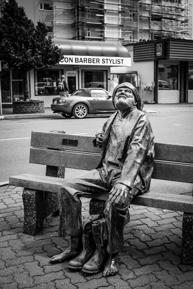 Nathan Scott's Old Salty sculpture, Sidney, BC